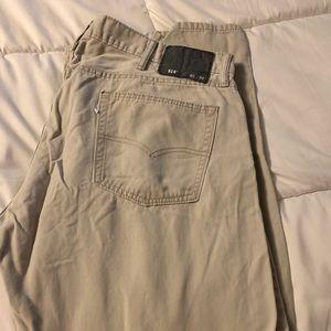Levi Tan Jeans